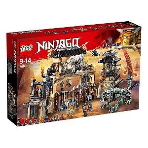 Brinquedo Lego Ninjago Poço do Dragão 70655