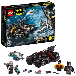 Lego Batman Dc Comics Batmoto Batalha com Senhor Frio 76118