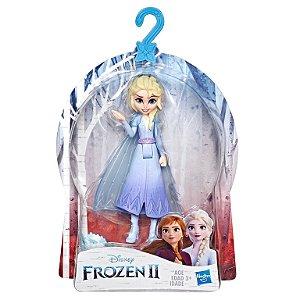Brinquedo Mini Boneca Disney Frozen 2 Elsa 10cm Hasbro E5505