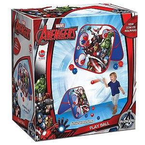 Brinquedo Play Ball com 20 Bolinhas da Marvel Avengers 699