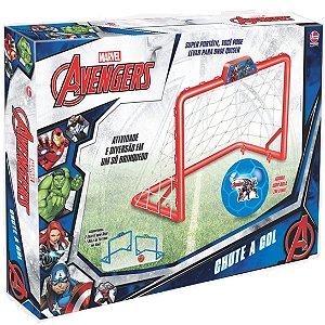 Brinquedo Jogo de Futebol Chute a Gol Marvel Avengers 2148
