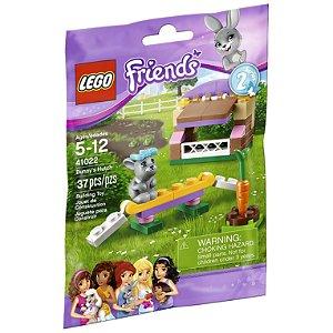 Brinquedo Lego Friends Coelho e Cabana com 37 peças 41022