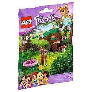 Brinquedo Lego Friends Cervo na Floresta com 35 peças 41023