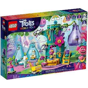 Lego Trolls Playset Festejo na Aldeia Pop 380 Peças 41255