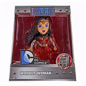 Brinquedo Boneco Metal Die Cast Wonder Woman Dtc M225
