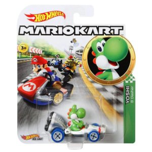Hot Wheels Mario Kart Yoshi e Veiculo B Dasher Mattel Gbg25