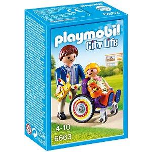 Playmobil City Life Criança na Cadeira de Rodas Sunny 6663