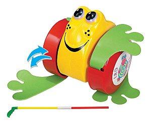 Novo Brinquedo Infantil Lindo Sapinho Rã Pra Puxar Mercotoys