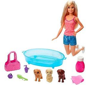 Boneca Barbie E Pets Cuidando De Cachorrinhos Mattel Gdj37