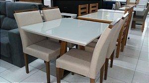 Mesa com 4 cadeiras Framor