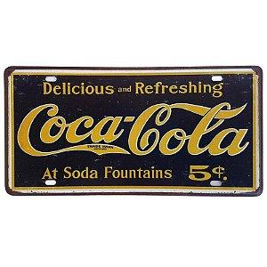 Placa de Metal Decorativa Delicious Coca-Cola - 30,5 x 15,5 cm