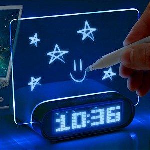 Relógio Despertador e Hub USB Painel Neon