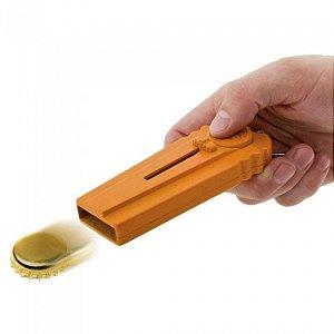 Chaveiro Abridor de Garrafa com Lança Tampinhas - laranja