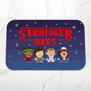 Tapete Decorativo Stranger Bits 8-bits 16-bits videogame