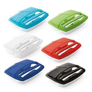 Marmita PP c/ 3 compartimentos, garfo e faca Capacidades: 250 ml, 270 ml e 470 ml - Apta para Microondas (retirar a tampa) Food grade
