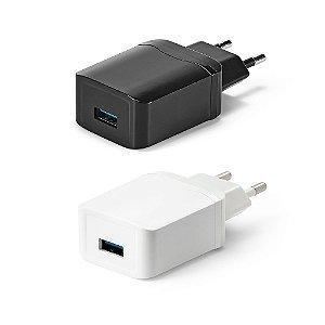 Adaptador USB ABS Possibilita carregamento rápido 30 Com saídas 5V/3A, 9V/2A e 12V/15A