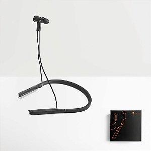Os HEARKEEN são Auriculares Versáteis em ABS e Silicone, perfeitos para diversos momentos do dia-a-dia Devido ao seu design versátil, podem ser usados em ambientes mais profissionais, ou na prática de desporto Fornecido em caixa presente