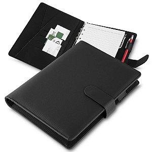 CAD200 - Caderno de anotações, tipo fichario, com powerbank 4.000 mAh, bateria de lítio, capa com material sintético, interior com porta documentos, cartões e caneta, 70 folhas com contra capa e fundo plástico, fechamento magnetico.*