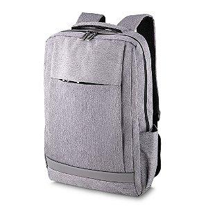 MC230 - Mochila p/ notebook tecido poliester, dois bolsos laterais em malha, dois bolso frontal, porta notebook, toda forrada, alça de mão, alça de ombro e costa acolchoado.