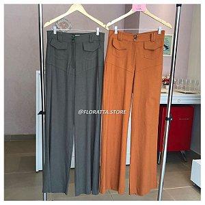 Calça Pantalona em Linho