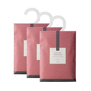 Três Sachês Perfumados Via Aroma 25g / Flor de Cerejeira