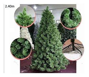 Árvore Pinheiro de Natal 2,40m Modelo Luxo 704 Galhos Nevada A0324N