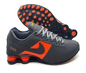 Tênis Nike Shox Classic Deliver Masculino - Cinza e Laranja