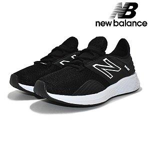 Tênis New Balance Fresh Foam Roav Masculino | Corrida