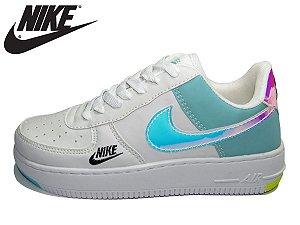 Tênis Nike Air Force 1 Holográfico Feminino - Lançamento