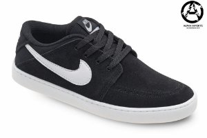 Tênis Nike SB Suketo Leather Masculino - Preto e Branco