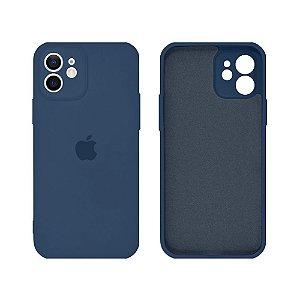 Capa C/ Proteção na Câmera Silicone para iPhone 11 - Azul Marinho
