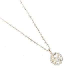 Gargantilha folheada a ouro com pingente com zircônia  75 cm