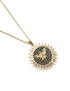 Gargantilha Folheada a Ouro com pingente cravejado de zirconia