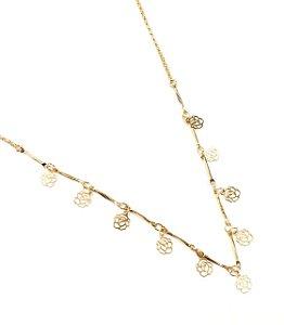 Gargantilha choker folheada a ouro com pingentes de flor