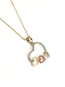 Gargantilha  folheada a ouro com pingente de coração cravejado de zirconia