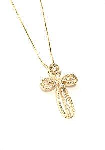 Gargantilha  folheada a ouro com pingente de cruz cravejado de zirconia