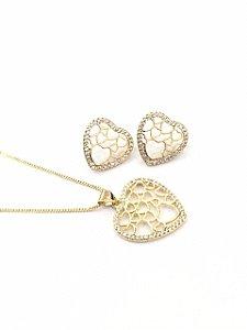 Conjunto folheado a ouro pingente de coracao cravejado com zirconia