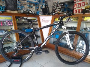 BICICLETA FIRST LIFTY PRETA 21 VEL - TAM.: 19""