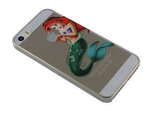 Capa Iphone 5/S Pequena Sereia Segurando Maçã