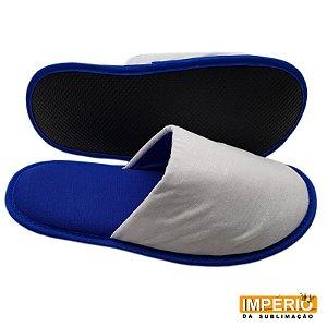 Pantufa Azul com Detalhe Branco