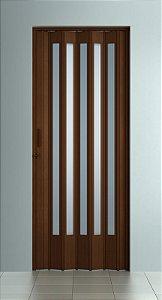 Porta Sanfonada Translucida  Imbuia com Trinco - BCF Plasticos - Esquadriplast
