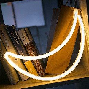 Luminária De Led Lua Amarela Neon Vazada Silhueta