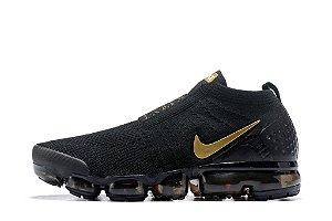 Tênis Nike Air VaporMax Flyknit MOC 2 - Masculino - Preto e Dourado
