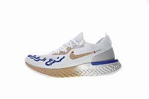 Tênis Nike Epic React Flyknit - Feminino - Branco e dourado