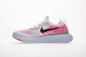 Tênis Nike Epic React Flyknit - Feminino - Rosa e Branco