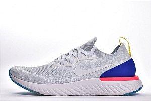 Tênis Nike Epic React Flyknit - Masculino - Branco e Azul