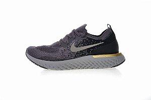 Tênis Nike Epic React Flyknit - Masculino - Cinza e Dourado