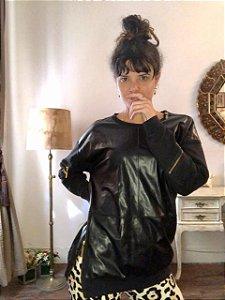Blusa de moletom com couro ecológico M