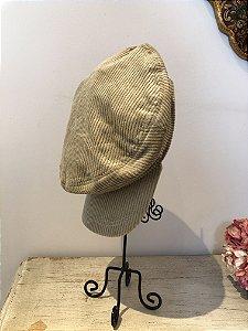 Boina estilo cap de veludo cotelê