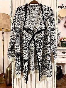Casaco étnico de lã